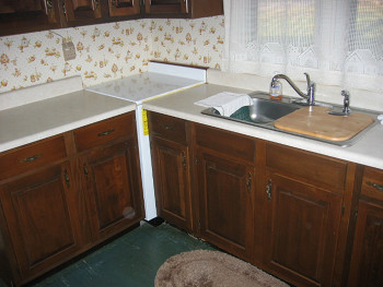 An old kitchen worktop that is in need of renavating and restoring