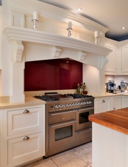 A well designed kitchen cooker hood extractor will prevent heat and steam damage to the surrounding area
